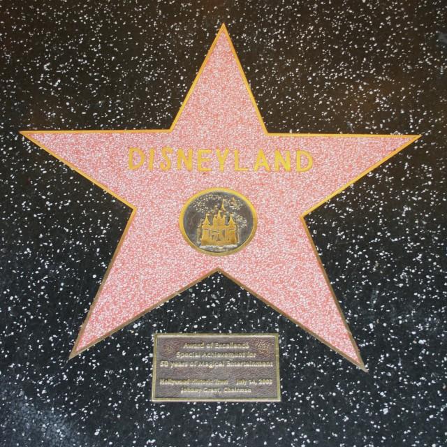 Hollywood 16
