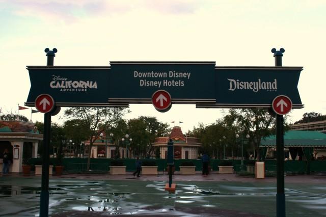 Disneyland 2 +