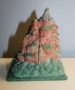 Splash Mountain Sculpture 003