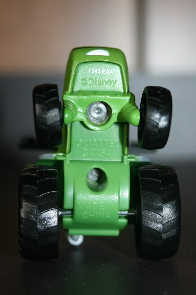 Tractor Buck 7