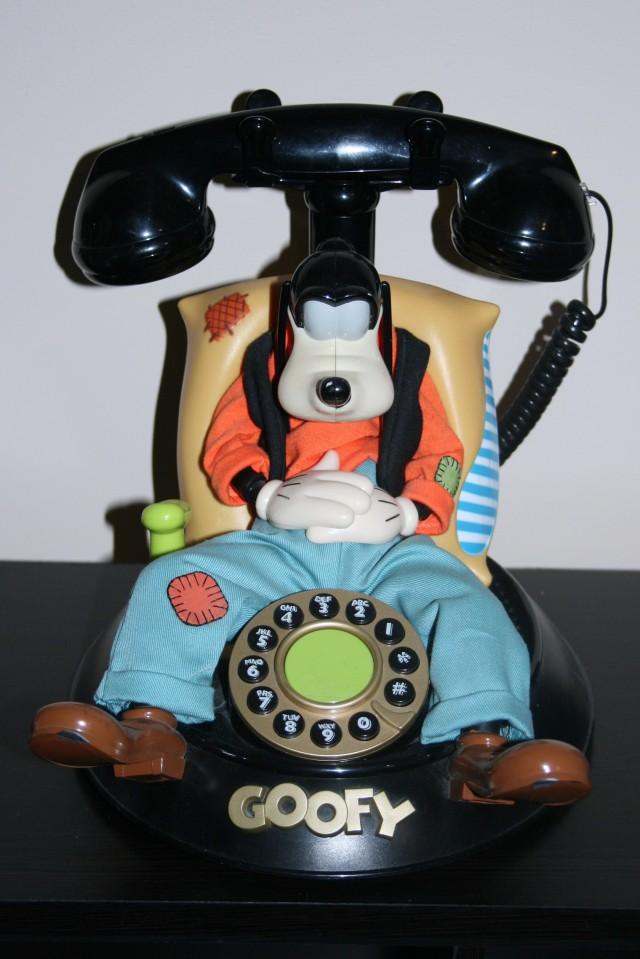 Disney Phones 002