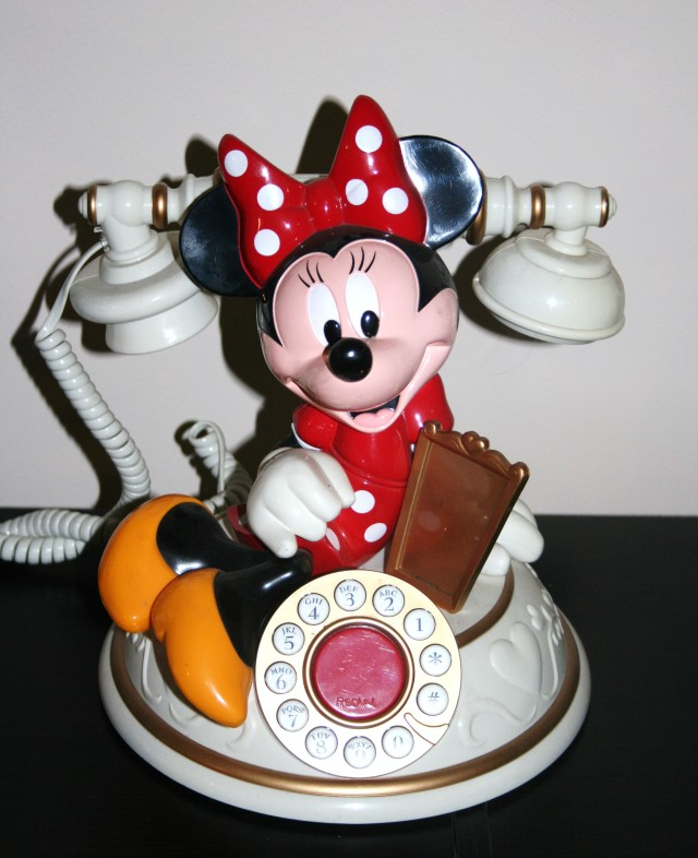Minnie Mouse Phone 001