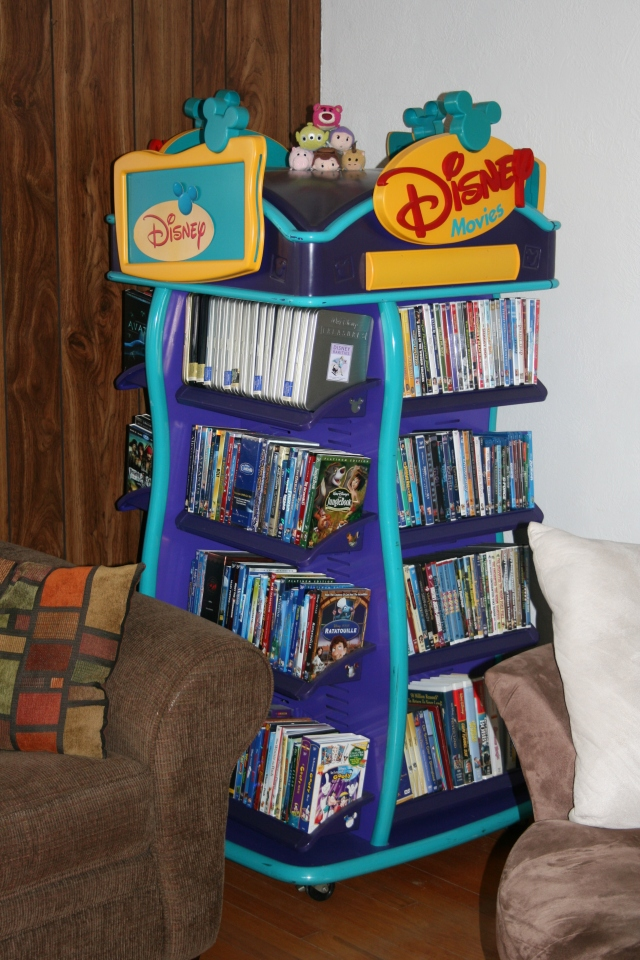 Disney Movie Display Stand 001