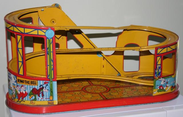 Disneyland Rollercoaster 011