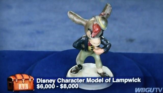 Pinocchio figurine 003