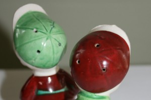 HDL Salt and Pepper Shakers 011
