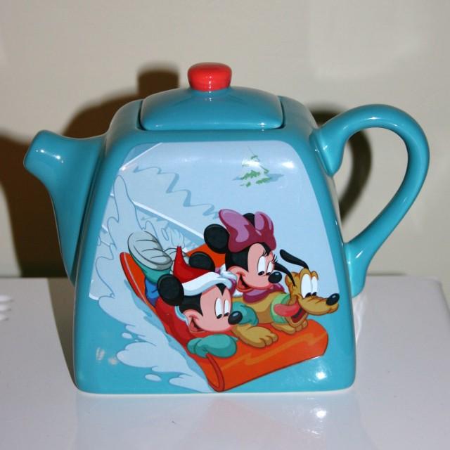 disney-tea-pots-001