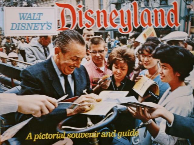 Disneyland 1968 Souvenir Guide 1